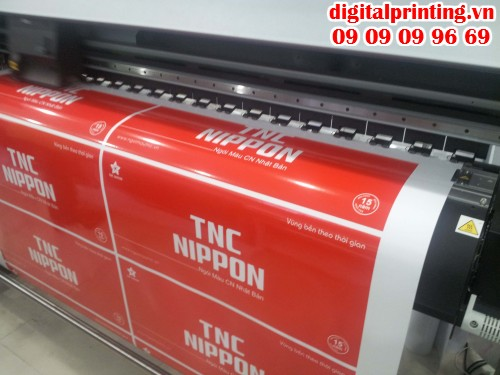 In Decal sữa quảng cáo cho khách hàng bằng máy in sử dụng công nghệ tân tiến Nhật Bản cho chất lượng cao